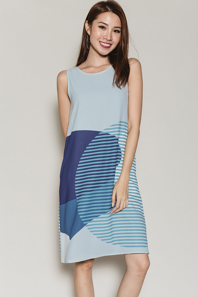 Fantasia Circular Abstract Reversible Dress (Brittany Blue/Navy)
