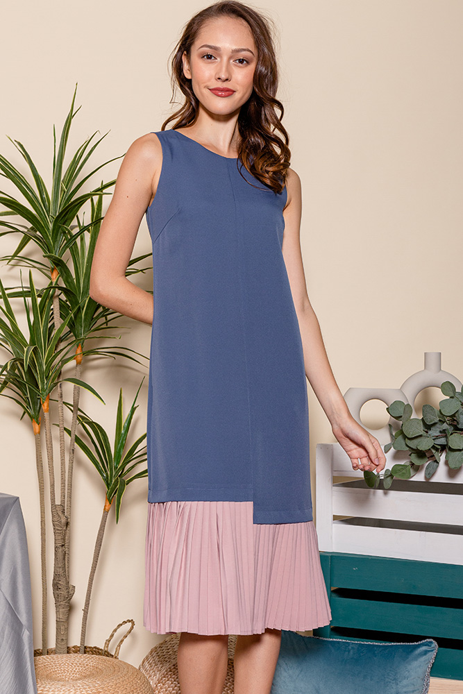 Hera Pleated Hem Midi Dress (Ash Blue/Pink)