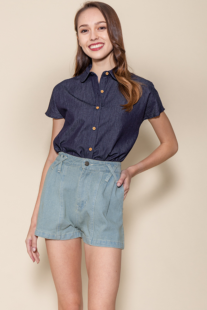Sonia Criss Cross Denim Shorts (Faded Blue)