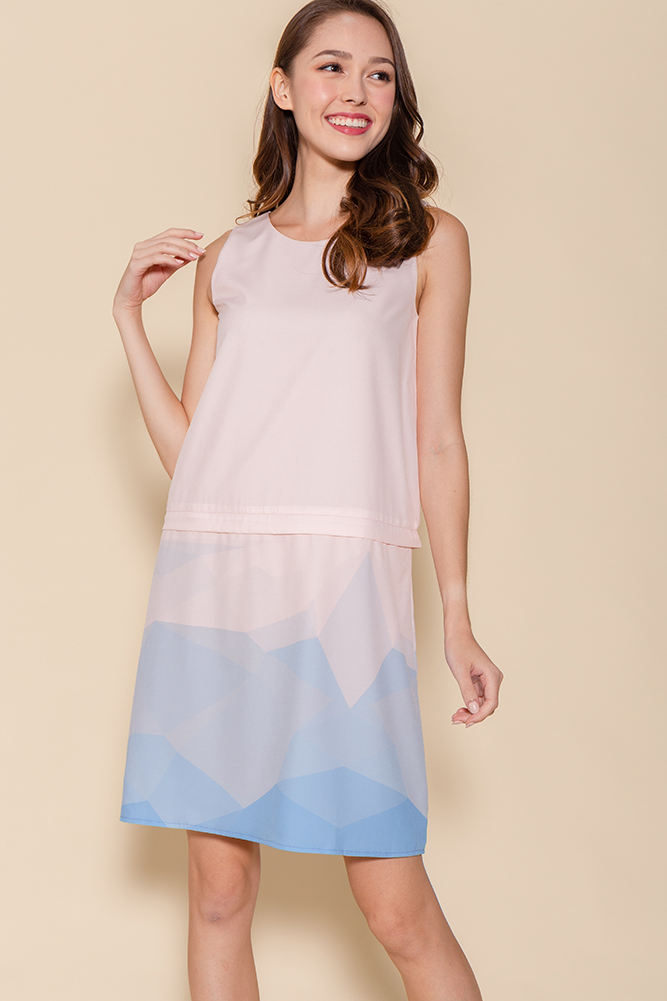 Malory Convertible Ombre Shift Dress (Pink)