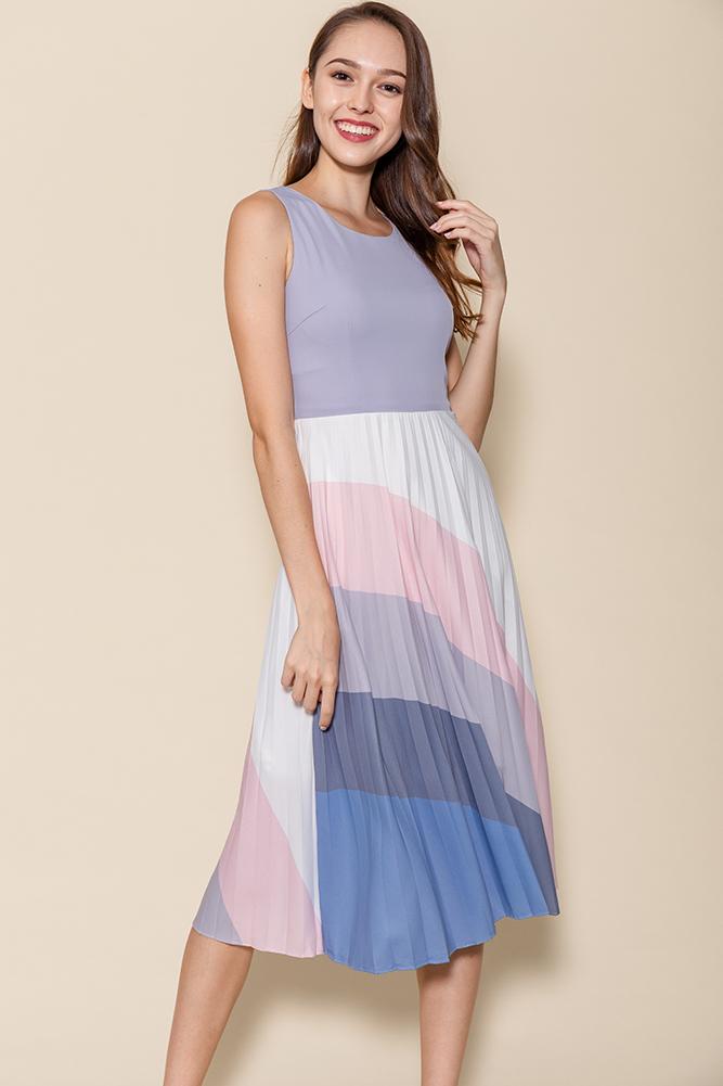 Rays Of Hope Pleated Midi Dress (Lilac Grey)