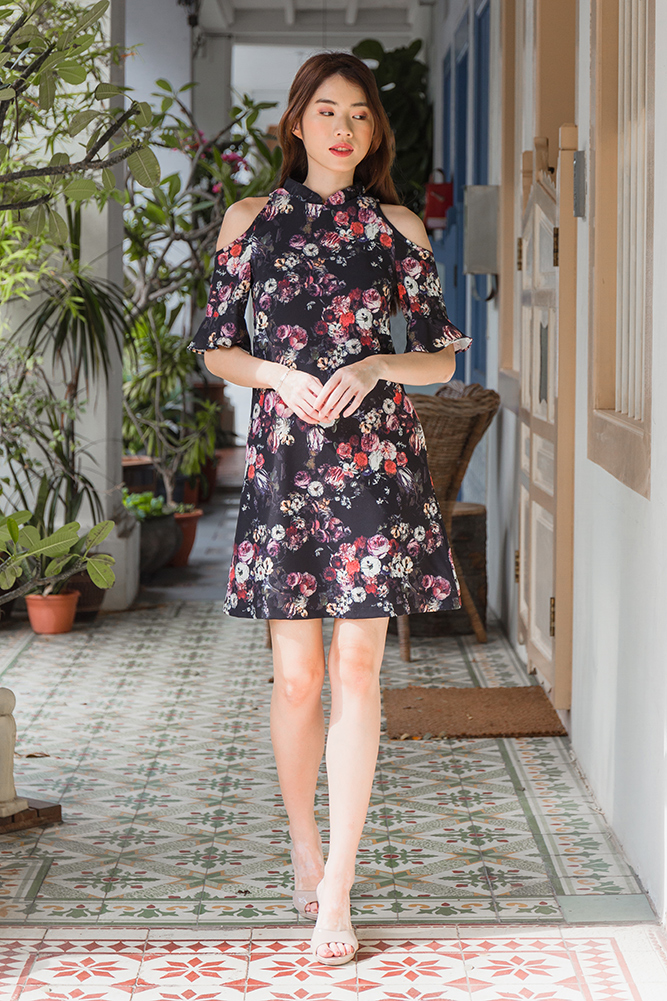 Elune Cold Shoulder Vintage Floral Dress (Black)