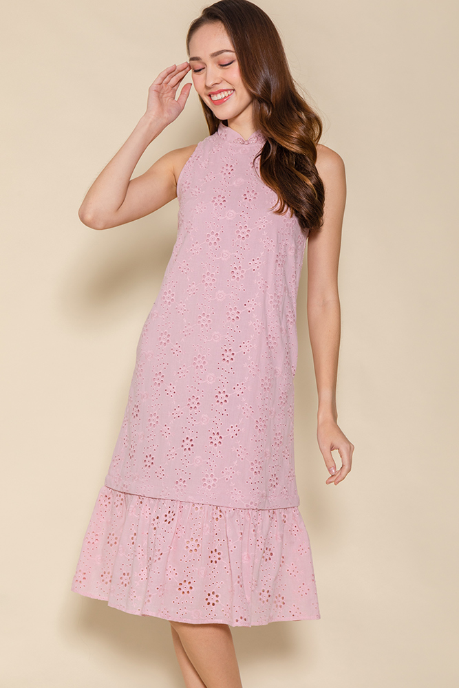 Winds of Prosperity Eyelet Cheongsam Dress (Pink)
