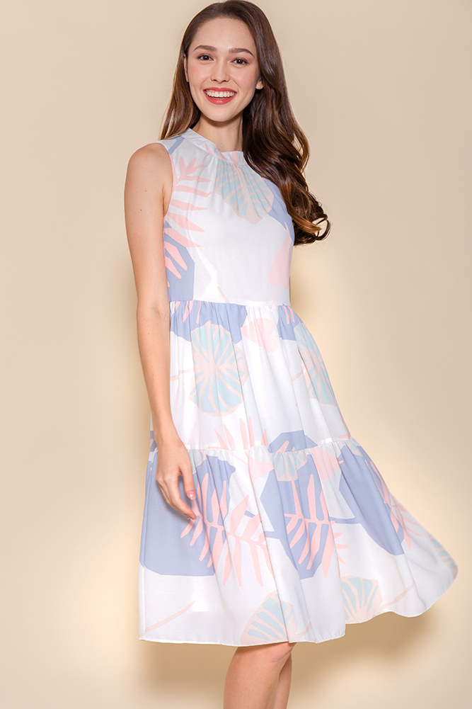 Mira Faraday Tiered Swing Dress (White Abstract)