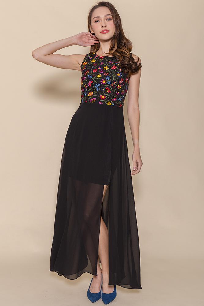 Anastasia Embroidery Maxi Dress (Black)
