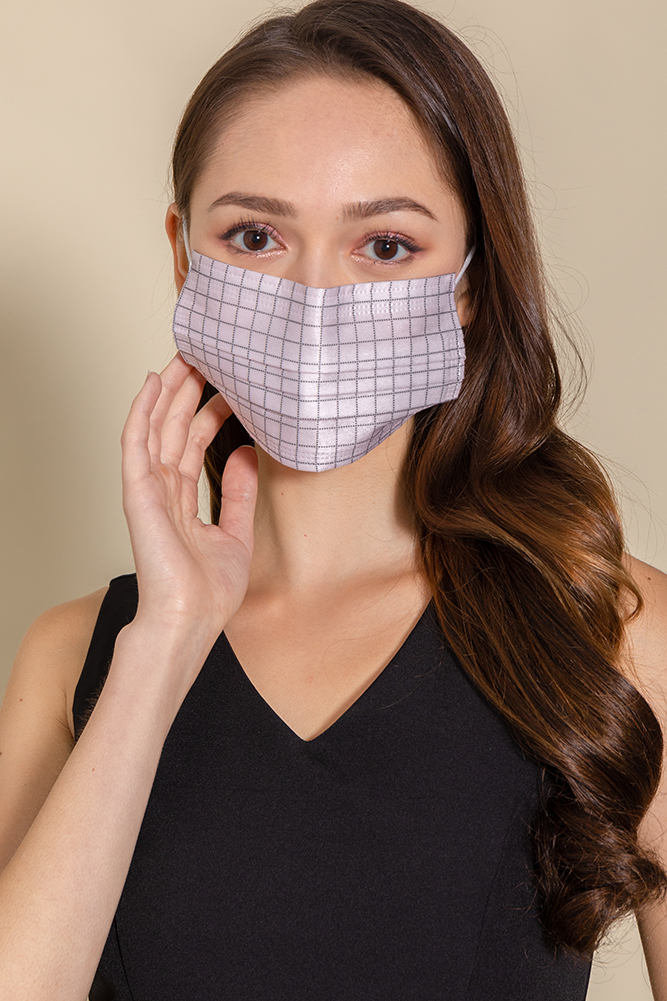 ADULT DISPOSABLE 3-PLY FACE MASK IN PALE PINK GRIDS (50 PCS)