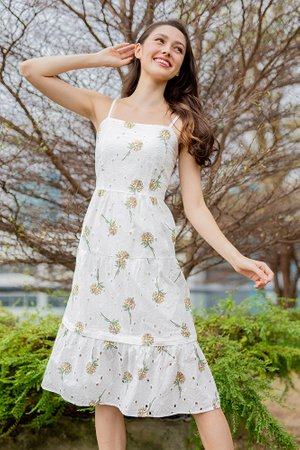 Fantasia Eyelet Midi Dress (Yellow Chrysanthemum)